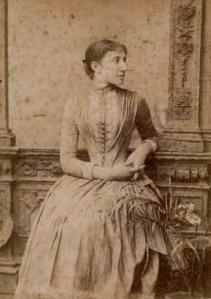 Cristina Durall Llobet de Comas, July 1889.